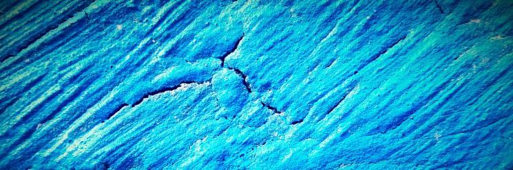 blue-crack-1800